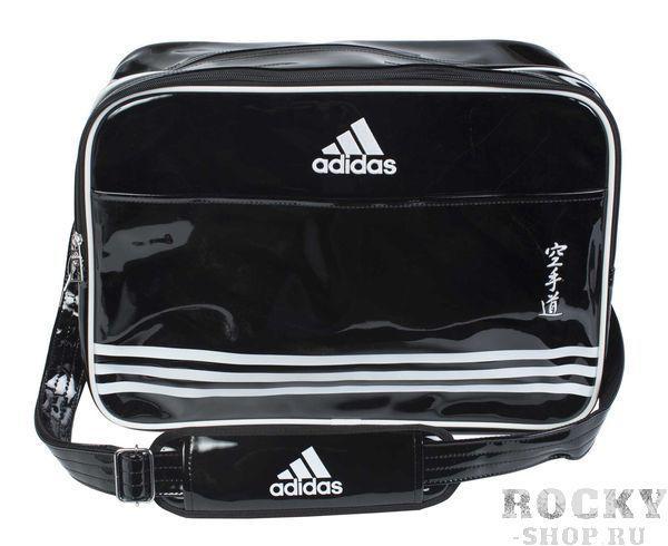 Сумка спортивная Sports Carry Bag Karate L, черно-белая AdidasСпортивные сумки и рюкзаки<br>Сумка adidas с лямкой через плечо. Иероглифы Karate. Материал: искусственная кожа. Размер: L [46х32х27].<br>