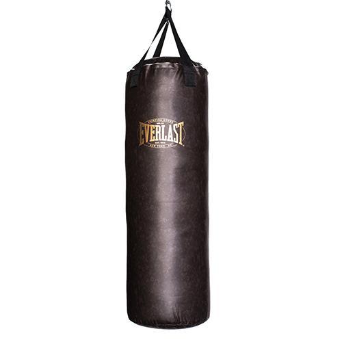 Мешок боксерский Everlast Vintage, коричневый, 45 кг, 35 x 115 см EverlastСнаряды для бокса<br>Боксерский мешок Everlast эксклюзивной коллекции Vintage - изготовлен из качественного кожезаменителя с применением технологии Nevatear™, что обеспечивает прочность и долговечность. Крепежные лямки изготовлены из плотного нейлона и дополнительно прошиты, что гарантирует полную безопасность даже при самых активных тренировках. Мешок наполнен специальной смесью смягченных синтетических и натуральных волокон для максимальной амортизации ударов. Двойное крепление пол-потолок позволяет жестко зафиксировать его в пространстве.<br>