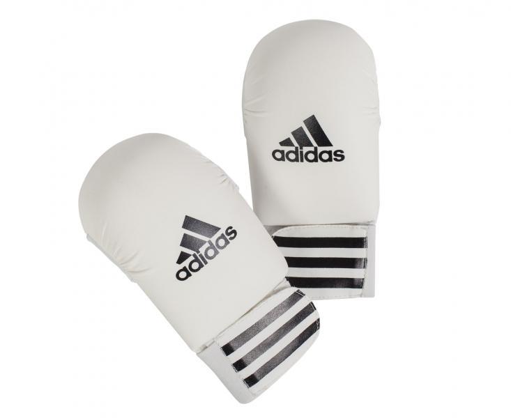 Накладки для карате Smaller, белые AdidasЭкипировка для Каратэ<br><br><br>Цвет: M
