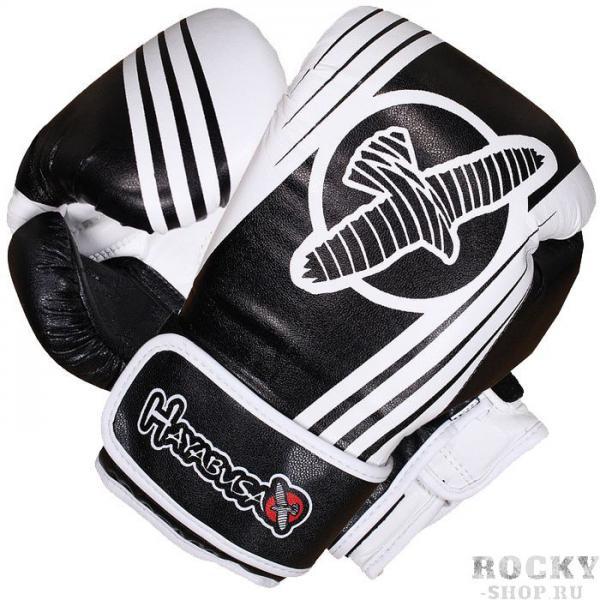 Боксерские перчатки Hayabusa Ikusa Recast Black/White, 16 oz HayabusaБоксерские перчатки<br>Боксерские перчатки Hayabusa Ikusa Recast 16oz. Перчатки от Hayabusa серии Ikusa Recast были спроектированы специально таким образом, чтобы дарить Вам удовольствие от каждой тренировки, спарринга. Разработаны, что бы минимизировать травматизм во время спаррингов. Внешняя часть перчаток - кожа последнего поколения, которая в ходе проведенных испытаний показала свою крайнюю эффективность и выносливость. Запатентованная система закрытия и система фиксации руки гарантируют прекрасное выравнивание руки/запястья. Специально разработанная подкладка обеспечивает непревзойденный комфорт и качество. Боксерские перчатки Hayabusa Ikusa Recast подходят как для спаррингов, так и для работы на снарядах.<br>