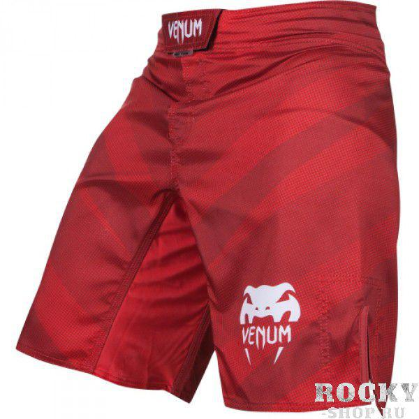 Шорты ММА Venum Radiance Fightshorts - Red VenumШорты ММА<br>Шорты ММА Venum Radiance Fightshorts -&amp;nbsp;Red&amp;nbsp;созданы для обеспечения экстримального комфорта спортсмена любого уровня. Сделаны из ультра-легкой ткани для небывалой легкости движений. Материал из микрофибры впитывает влагу, оставляя кожу сухой даже после интенсивной тренировки. Инновационные системы&amp;nbsp;Vault™ и&amp;nbsp;Speed Grip™ обеспечат комфортную подгонку по размеру и надежную фиксацию на теле. Радиоактивный яркий цвет в сочетании с уникальным дизайном выделит Вас из толпы. Особенности:- Ультра-легкая ткань из микрофибры- Сетчатые панели для вентиляции и вывода пота- Технологии&amp;nbsp;Vault™ и&amp;nbsp;Speed Grip™- Система Flex - ткань тянется в четырех направлениях- Усиленные швы- Быстро сохнут<br><br>Размер INT: L