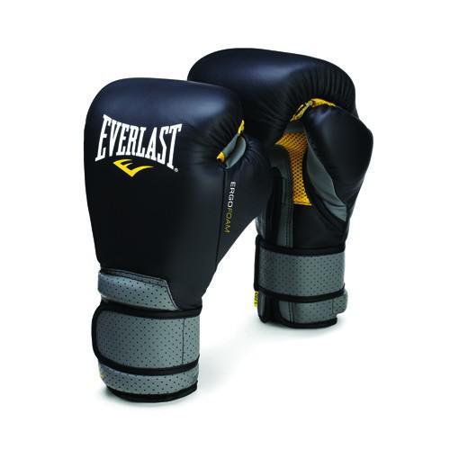 Перчатки тренировочные Everlast Ergo Foam, 12 oz EverlastБоксерские перчатки<br>Легкие и прочные закрытые полноразмерные перчатки с усиленной вентиляцией. Вставки из литой пены обеспечивают повышенную защиту в тех местах, где в обычных перчатках рука чаще всего не защищена. За счет грамотного распределения зон нагрузки внутри перчатки рука чувствует удобнее, ее положение более естественное. Перчатки изготовлены из высокотехнологичной искусственной кожи с лазерной перфорацией. Фиксирующие элементы тоже снабжены вентиляцией, а значит запястьям будет не так жарко как в обычных перчатках.<br>