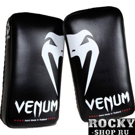 Тайпэды Venum Muay Thai Pads VenumЛапы и макивары<br>Профессиональные тайпэды Venum Muay Thai Pads.Продукция высочайшего качества от известнейшего ММА-производителя Venum, сделанная в Тайланде.Тайпэды отлично сидят на руках, удерживаясь на предплечии благодаря широким ремням-застежкам.Великолепный дизайн, совмещающий в себе строгость и агрессию.Внутренний наполнитель- пена, поглощающая энергию удара. благодаря этой пене не будут страдать ни руки, ни ноги тренирующегося бойца, так же будет обеспечена надежная защита рук и всего опорно-двигательного аппарата тренера, держащего пэды.Продаются парой.Габариты: ширина 20.5см, высота 40.5см, толщина 10см<br>