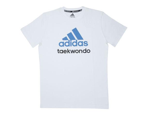 Футболка Community T-Shirt Taekwondo, бело-синяя AdidasФутболки<br>Стильная футболкаиз эксклюзивной линейкиCOMBAT SPORT &amp; MARTIAL ARTS. Классика спортивного стиля, которая никогда не выходит из моды. Изготовленаиз ткани climalite®, которая эффективно отводит влагу от тела во время тренировки. Скрупным контрастным логотипом adidas на лицевой стороне и надписью TAEKWONDO. Удобный рифленый ворот. Тонкий хлопковый трикотаж. Эксклюзивная линейкаCOMBAT SPORT &amp; MARTIAL ARTS Рифленый круглый ворот Ткань сlimalite® отводит влагу с поверхности кожи Состав: 100% хлопок Классический крой Крупный контрастный логотип adidas на лицевой стороне Надпись TAEKWONDO<br><br>Размер INT: M