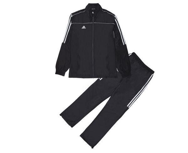 Костюм спортивный детский Tracksuit Martial Arts Kids, черный AdidasСпортивные костюмы<br>Этот лаконичный детский костюм идеально подойдет как для занятий спортом, так и для повседневной носки. Черный цвет, воротник-стойка и свободные манжеты на брючинах с регулировкой для максимального комфорта и подгонки размера. Куртка: передние карманы на молнии, застежка на молнию, воротник-стойка, эластичные манжеты и нижний край. Брюки: боковые карманы на молнии, эластичный пояс, регулируемые манжеты на брюках. Классический крой. Из 100% полиэстера. Лаконичный дизайн Регулируемые манжеты на брюках Классический крой Состав: 100% полиэстер<br><br>Размер INT: рост 164 см