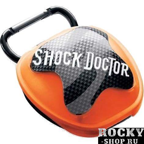 Коробочка для капы Shock Doctor Shock DoctorБоксерские капы<br>Кейс (коробочка) для капы Shock Doctor. Присутствуют отверстия для вентиляции. На коробке имеется застёжка, с помощью которой кейс можно прикрепить к сумке. Вес бокса для капы Shock Doctor около 50гр.<br><br>Цвет: Оранжевый