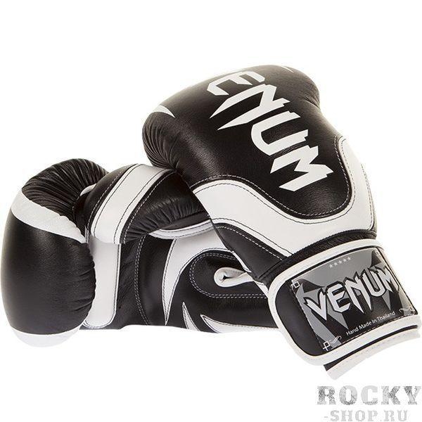 Перчатки боксерские Venum Absolute  2.0  Black/Ice, 16 унций VenumБоксерские перчатки<br>Великолепная защита - 5 слоев пены защиты! Наиболее удобные перчатки, которые Вы когда-либо носили. &amp;nbsp;Технические характеристики:&amp;nbsp;самые выдающиеся перчатки от Venum. Профессиональное исполнение на высочайшем уровне. 100% кожа Softech™100% прилегание большого пальца для максимальной безопасностирельефный 3D логотип Venumширокий ремень на липучке&amp;nbsp;<br>