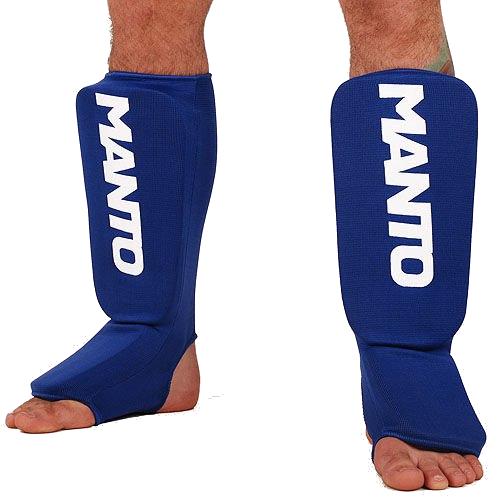 Шингарды (накладки на ноги) Manto, Синие MantoЗащита тела<br>Шингарды (накладки на ноги) Manto. Основные достоинства данной защиты ног: они лёгкие и не занимают много места. Отлично подойдут и для тренировок новичков, и для выступления на любительских соревнованиях.<br><br>Размер: M