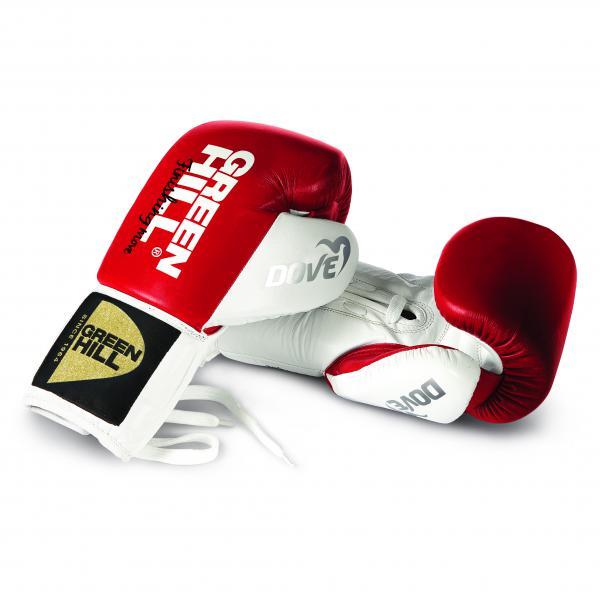 Боксерские перчатки Green Hill DOVE, 10oz Green HillБоксерские перчатки<br>Материал: Натуральная кожаВиды спорта: БоксОтличный выбор для профессионалов и любителей. Перчатки сделаны из натуральной кожи. Манжет на шнуровке. Перчатки для профессионального бокса с антинакаутной системой.<br><br>Цвет: Красный-белый