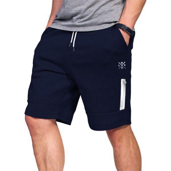 Шорты Wicked One Gris Navy Wicked OneСпортивные штаны и шорты<br>Шорты Wicked One Reach Gris Navy.Великолепные шорты для повседневного использования.На шортах присутствуют два боковых кармана и ещё дополнительный небольшой карман на фронтальной части, который застёгивается на молнию.На поясе шорты удерживаются с помощью довольно широкой резинки и шнурка.Состав: 70% хлопок, 25% полиэстер, 5% спандекс.<br>