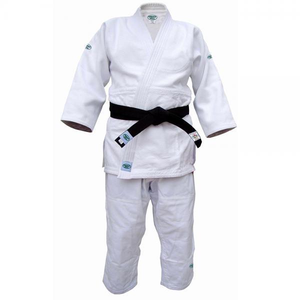 Кимоно для дзюдо OLIMPIC (одобрено IJF 2011), 195 Green HillЭкипировка для Дзюдо<br>Материал: ХлопокВиды спорта: ДзюдоКимоно дзюдо. Материал: 100% хлопок. Одобрено международной федерацией дзюдо IJF. Кимоно предназначено для использования на соревнованиях высшего уровня. Конструктивная особенность нити делает материал, из которого пошито кимоно, чрезвычайно крепким, почти не поддающимся усадке после стирки (+-2%). Кимоно также усилено двойными швами на плечах, рукавах и груди. Толщина воротника- 1 см, ширина воротника- 4-5 см. Плотность ткани: 950гр. /м2.<br><br>Цвет: Белый