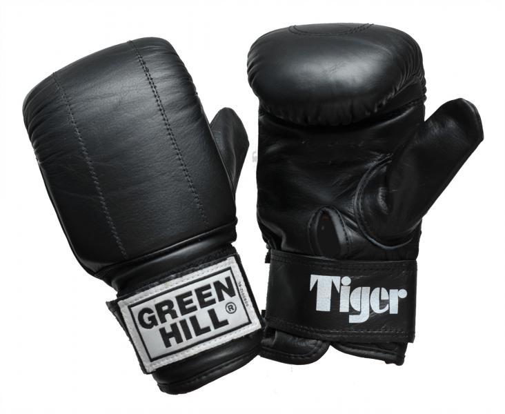 Перчатки снарядные TIGER, Черный Green HillCнарядные перчатки<br>Материал: Натуральная кожаСнарядные перчатки Tiger - одна из лучших моделей снарядных перчаток в мире от компании GREEN HILL. Такое звание перчатки заслужили не благодаря своему внешнему виду и красивой эмблеме, а исключительно благодаря своему качеству. Перчатки Tiger имея классическую форму и неброский дизайн, представляют из себя квинтэссенцию мощи, красоты и грации удара. А главным украшением этих перчаток является боец который их носит. Выполнены из натуральной кожи. Манжет на липучке. Размеры:Замерьте обхват ладони сантиметровой лентой в наиболее широком месте, исключив при этом большой палец руки Размер: S M L XLОбхват ладони, см. 17-18 18-19 19-22 23-27<br><br>Размер: S