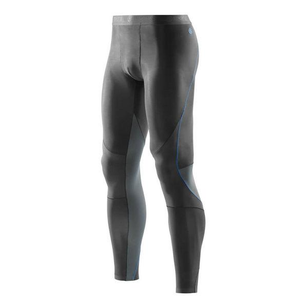 Компрессионные штаны Skins bio ry400 , серые SkinsКомпрессионные штаны / шорты<br>B43205001 Тайтсы длинные Skins Bio RY400 Mens Long Tights SKINS. Термобелье для занятий спортом. Skin Fit. Уникальная система размеров, основанная на индексе массы тела для оптимальной посадки. Состав: 85% нейлон, 15% спандекс.       <br>История марки Skins начинается в 1996 году, основным направлением развития была выбрана спортивная компрессионная одежда и термобелье. Около пяти лет велись разработки и исследование совместно с инженерами NASA, учеными, докторами медицинских наук и профессиональными спортсменами. Результатом сотрудничества стала коллекция, ни на что не похожей, очень тонкой и мягкой компрессионной одежды. Совместить не совместимое позволили специально разработанные компрессионные материалы с увеличенной эластичностью. Материал минимальной толщины идеально облегает тело и при этом не теряет компрессионного давления. Skins – первая компания которая провела научные исследования и доказала, что спортивная одежда с компрессией действительно позволяет мышцам работать более эффективно и восстанавливаться быстрее.<br><br>Размер INT: M