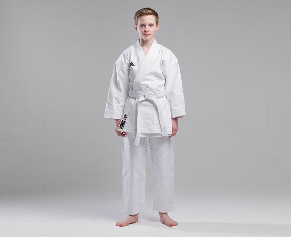 Кимоно для карате Elite European Cut WKF белое, 150 см AdidasЭкипировка для Каратэ<br>Кимоно для каратэ adidas(ката).     Используется национальными сборными.   Плотная хрустящая ткань каратэ ги.   Специально разработанный европейский крой.   Плотность: 380 грамм(13. 5 унций).   Материал: 100%-хлопок.<br><br>Цвет: белое
