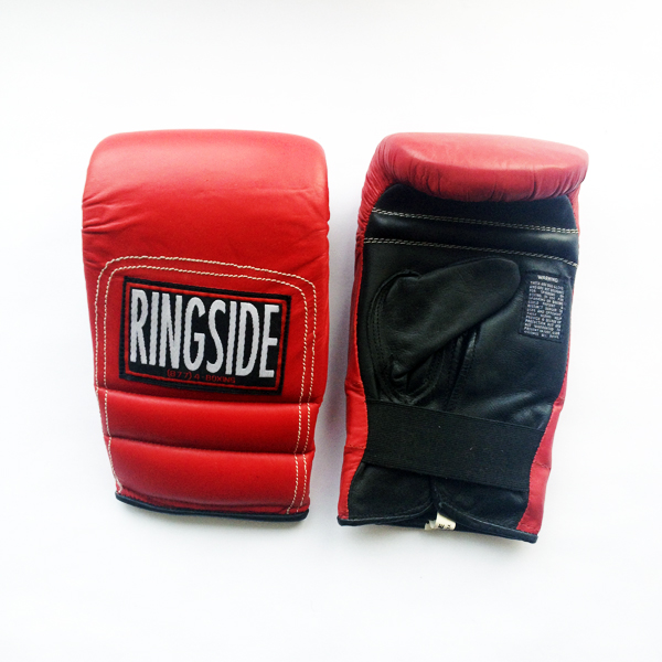 Перчатки снарядные, резинка, Красный/черный RINGSIDECнарядные перчатки<br>Мягкий слой гарантирует полную защиту руки и невесомый вес перчаток. <br> Multi-слой пены<br> Полное покрытие перчатки<br> Мягкая кожа<br> Легкий вес<br><br>Размер: Размер L