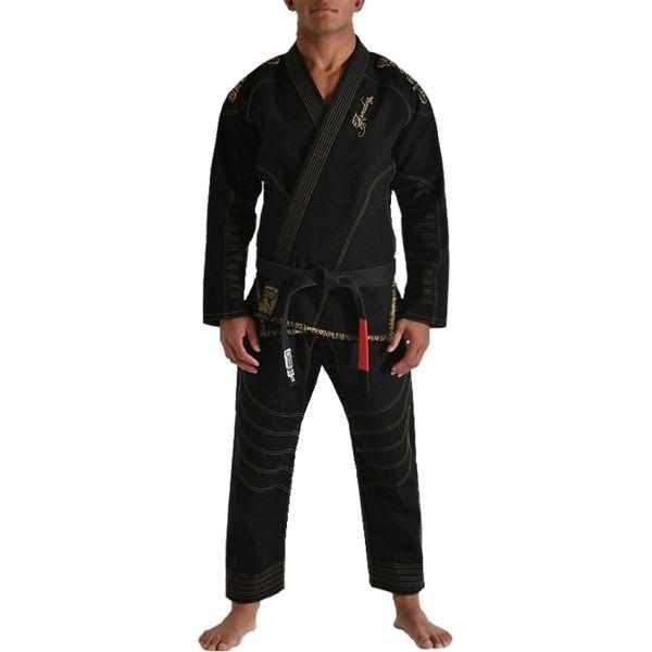 Кимоно для бжж Grips Armadura, черное Grips AthleticsЭкипировка для Джиу-джитсу<br>Кимоно для BJJ (бразильское джиу-джитсу) Grips Athletics Armadura. Ги Grips - это новый шаг в производстве экипировки для БЖЖ. Сшито кимоно по новейшим лекалам. За счёт этого куртка садится плотнее. Новейшая разработка для увеличения комфорта - вставка внутри куртки из перфорированной синтетической ткани. Этот дополнительный сегмент отводит пот от тела и при этом мешает ему проникнуть вглубь хлопковой материи кимоно. Это ги можно описать двумя словами: качество и стиль. Gr1ps Athletics всегда старается снабдить свою продукцию фирменными элементами: эластичные шнурки, отстрочка, вышивка и дополнительные вставки. Все эти составляющие качественно отличают творения итальянского производителя Grips Athletics от других изготовителей. За счёт наилучшего качества хлопка это кимоно является оптимальным выбором для любителей бразильского джиу-джитсу. - Тип плетения куртки: Pearl Weave. - В области колен штаны дополнительно укреплены. - Воротник, наполнен пеной EVA для более быстрого высыхания и комфорта. - Высочайшее качество вышивки. Подойдет и для ежедневных тренировок и для соревнований. Ги сделано из цельного куска ткани (без швов на спине)! Штаны на шнурке; на поясе - дополнительные петли для того, чтобы шнурок держал штаны прочно; Данное ги подойдет и для новичков, и для мастеров. При стирке в горячей воде возможна усадка порядка 5%. Стирать ги рекомендуется в мягкой воде до 30 градусов без отбеливателя. Состав куртки: 100% хлопок высокого качества. Состав штанов: 100% CVC-рипстоп. Пояс в комплект не входит.<br><br>Размер: A1