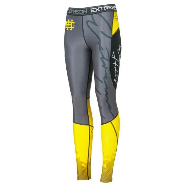 Штаны компрессионные женские Extreme Hobby rapid yellow Extreme HobbyКомпрессионные штаны / шорты<br>Леггинсы изготовлены из высококачественного материала. Водоотталкивающая ткань оставляет тело сухим, а мышцы разогретыми. Логотипы нанесены по технологии сублимации, благодаря чему рисунок не трескается и не царапает тело. Специальная резинка на талии предотвращает соскальзываение во время боя.<br><br>Размер INT: L