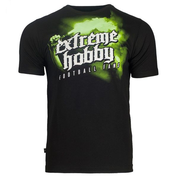 Футболка  football fans (черно-зеленый) Extreme HobbyФутболки<br>Футболка Extreme Hobby линии Fanatic характеризуется высоким качеством материала. Принты усилены HD эффектами и гелевым нанесением. Оцените и другие модели в коллекции Fanatic. <br>КОЛЛЕКЦИЯ: FANATIC<br>ЦВЕТ: ЧЕРНЫЙ<br>МАТЕРИАЛ: 100% ХЛОПОК<br><br>Размер INT: L