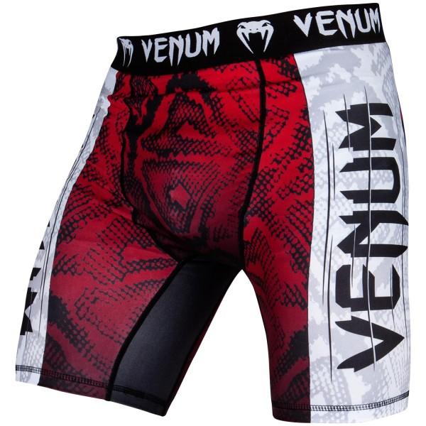 Компрессионные шорты Venum Amazonia 5.0 Red VenumКомпрессионные штаны / шорты<br>Компрессионные шорты Venum Amazonia 5. 0 Red: почувствуй себя диким зверем. Борись, как король джунглей, в оригинальном рашгарде Venum Amazonia 5 Dry Tech. Повышай свою выносливость и восстанавливайся быстрее благодаря компрессионной технологии Venum. Превзойди пределы человеческих возможностей!87% полиэстер и 13% спандекс: ткань, известная своей эластичностью и прочностью. Компрессионная технология Venum улучшает кровообращение мышц и ускоряет процесс восстановления. Технология Venum Dry Tech обеспечивает оптимальный контроль температуры тела. Рисунок сублимирован в ткань для повышения его износостойкости. Особый эргономичный покрой рашгарда не оставляет шансов противнику. Усиленные швы.<br><br>Размер INT: S