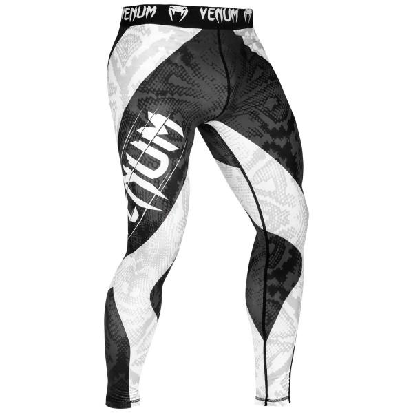 Компрессионные штаны Venum Amazonia 5.0 Black VenumКомпрессионные штаны / шорты<br>Компрессионные штаны Venum Amazonia 5. 0 Black: почувствуй себя диким зверем. Борись, как король джунглей, в оригинальном рашгарде Venum Amazonia 5 Dry Tech. Повышай свою выносливость и восстанавливайся быстрее благодаря компрессионной технологии Venum. Превзойди пределы человеческих возможностей!87% полиэстер и 13% спандекс: ткань, известная своей эластичностью и прочностью. Компрессионная технология Venum улучшает кровообращение мышц и ускоряет процесс восстановления. Технология Venum Dry Tech обеспечивает оптимальный контроль температуры тела. Рисунок сублимирован в ткань для повышения его износостойкости. Особый эргономичный покрой рашгарда не оставляет шансов противнику. Усиленные швы.<br><br>Размер INT: XL
