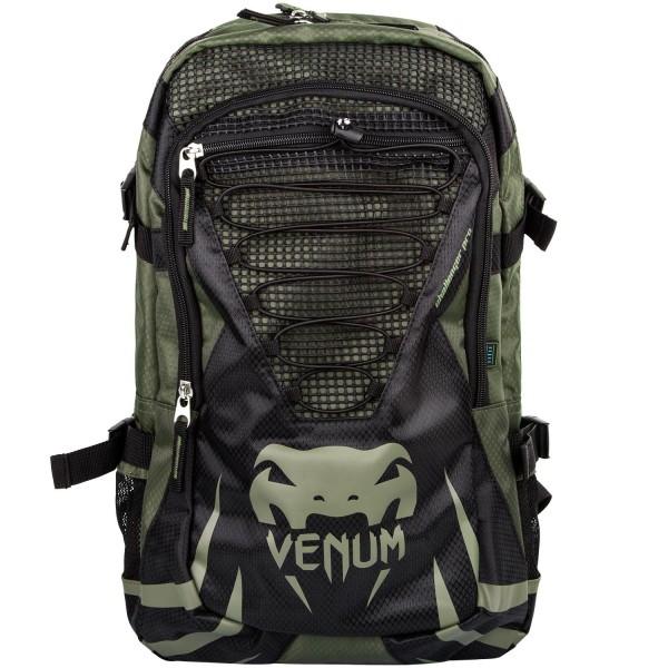 Рюкзак Venum Challenger Pro Khaki/ Black VenumСпортивные сумки и рюкзаки<br>Рюкзак Venum Challenger Pro Backpack - Black/GreyНовый уникальный многофункциональный рюкзак от Venum. Прекрасно подойдёт для переноски экипировки, использования в повседневной жизни или для походов на небольшие расстояния. Много карманов, специальное отделение для планшета или ноутбука диагональю до 17 дюймов. Также присутствует карман для MP3-плеера с отверстием для вывода наушников. Украшена логотипом Venum. Приятные бонусы:- Боковой карман с фиксацией для хранения питьевой бутылочки или шейкера- Водостойкая ткань из полиэфираОчень удобная и практичная, а главное качественная - всегда пригодится!Размер: 300 x 500 x 150 мм<br>