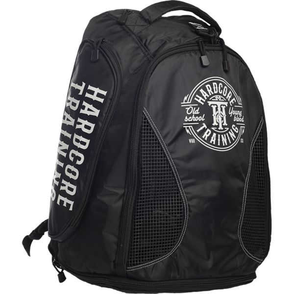 Универсальная сумка-рюкзак Hardcore Training Hardcore TrainingСпортивные сумки и рюкзаки<br>Универсальная сумка-рюкзак Hardcore Training. Трудно сказать - спортивная сумка это или рюкзак, но однозначно можно заметить, что этот продукт от Hardcore Training поможет Вам принести на тренировку все необходимые вещи. Расширения отсеков дают дополнительное пространство. Рюкзак состоит из одного большого отсека и изолированных вспомогательных карманов. Среди дополнительных карманов-секций присутствуют: - термоотдел; - уплотнённый боковой карман; - мягкий внутренний карман; - большой скрытый отсек для ноутбука; Особенно необходимо отметить сетчатые вставки в центральной части. Данное технологическое решение позволит дышать грязным вещам и не распространяться неприятному запаху по рюкзаку. Рюкзак в несколько действий превращается в сумку. Размеры рюкзака: 58. 5 х 40. 5 х 30. 5. Размеры сумки: 90 х 40. 5 х 30. 5. Материал: 100% полиэстер.<br>