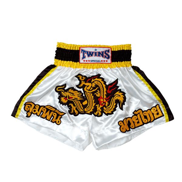 Шорты для кикбоксинга, Белый/желтый Twins SpecialШорты для тайского бокса/кикбоксинга<br>Шорты для кикбоксинга от Twins Special <br><br> Подходят для тренировок по кикбоксингу, ММА и тайскому боксу<br> Обладают яркой привлекательной раскраской<br> Не сковывают движения<br> Материал - сатин<br><br>Размер INT: Размер XXXL