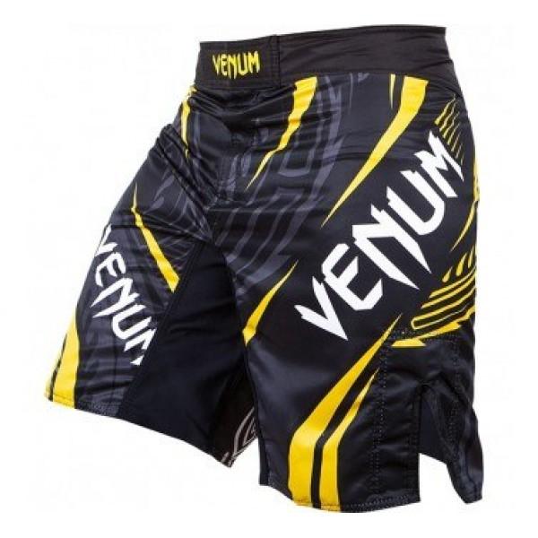 Шорты ММА Venum Lyoto Machida RYUJIN Fightshorts - Black/Yellow VenumШорты ММА<br>Новые шорты Venum Lyoto Machida RYUJIN Fightshorts. Шорты разработанны специально для бойца UFC Лиото Мачиды- 100% полиэстер высокого качества- шелкография высокого качества- разрезами по бокам- застежка на липучке и шнурок для коррекции размера- ультралегкие- усиленная строчка швов<br><br>Размер INT: L