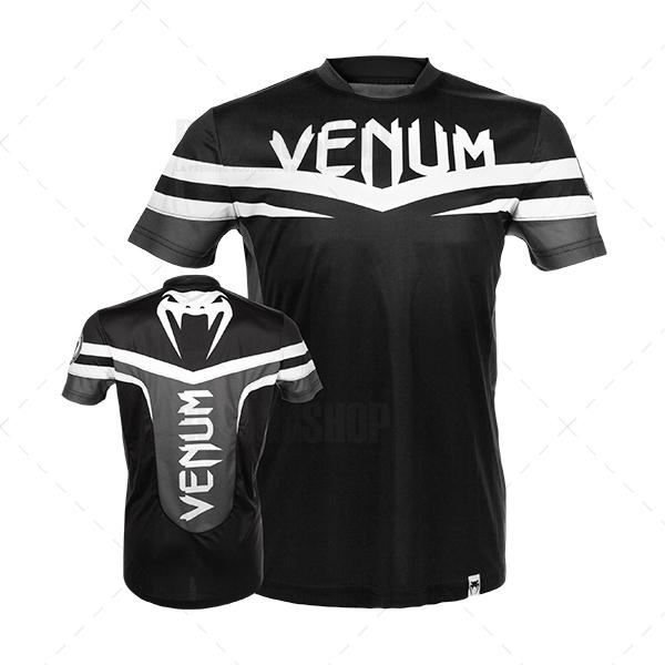 Футболка Venum Sharp Dry Tech T-shirt -Black White VenumФутболки<br>Фуболка VENUM SHARP DRY TECH это новое поколение тренировочных футболок от Venum. Благодаря технологии Dry Tech, позволяющей регулировать расход тепла путём выявления областей нагревания,новая футболка идеально подходит для тренировок. Создана специально для бойца UFC Жозе Альдо. Технические характеристики:- 100% высококачественный хлопок- Высокое качество шелкографии- Спортивная подгонка- Сделано в Бразилии<br><br>Размер INT: S