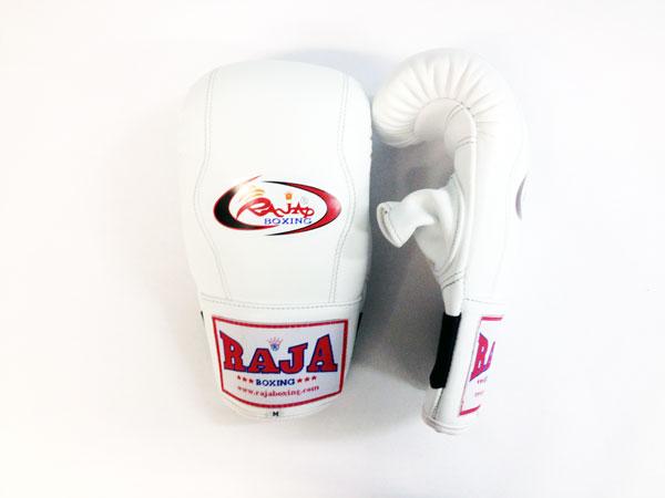 Перчатки снарядные, резинка, Размер XL, белый RajaCнарядные перчатки<br>Снарядные перчатки для проработки с мешками. <br> Сделаны из первоклассной 100% кожи. <br> Предлагают Вам удобство и защиту ваших рук с емким диапазоном расцветок комбинаций.<br>