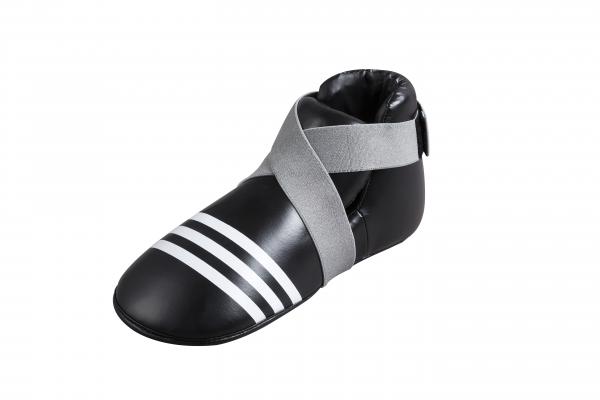 Защита стопы Super Safety Kicks черная, черная AdidasЗащита тела<br>Super Safety Kicks. Профессиональные футы для кикбоксинга, каратэ и других видов единоборств. Материал: полиуретан.<br><br>Размер: XXL