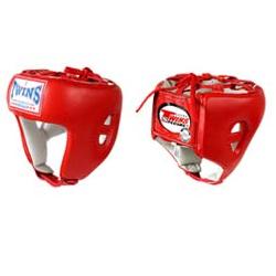 Боксерский шлем, соревновательный, Размер XL Twins SpecialБоксерские шлемы<br>Защищает голову от травм<br> Застёжка-липучка на затылке гарантирует удобство при одевании и снятии шлема<br> Отличный обзор<br> Кожа топового качества<br> Ручная работа<br><br>Цвет: Красный