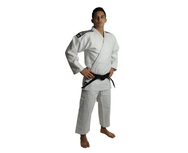 Кимоно для дзюдо Champion 2 IJF, белое AdidasЭкипировка для Дзюдо<br>Champion 2 IJF белое. Кимоно для дзюдо в соответствии с новыми, 2015 года правилами IJF (плотность, рукав, воротник, брюки), сертифицировано IJF. Плотность ткани- 730 грамм на м2(соответствует новым стандартам IJF 2015) Состав ткани: 75% хлопок, 25% полиэстер Отворот воротники в 4 строчки Pre-shrunk technology (Противоусадочная технология)<br><br>Размер: 205 см