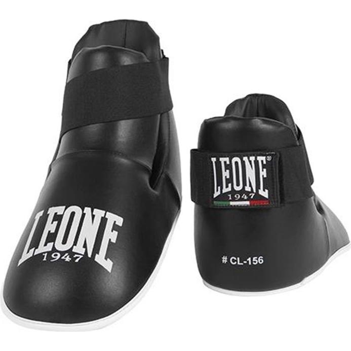 Футы Leone LeoneЗащита тела<br>Футы Leone. Футы осуществляют защиту подъема стопы. Фиксируются футы Leone лентой-резинкой на липучке. Отлично подойдут и для отработки ударов на жестких мешка, и в спарринге.<br><br>Размер: XL