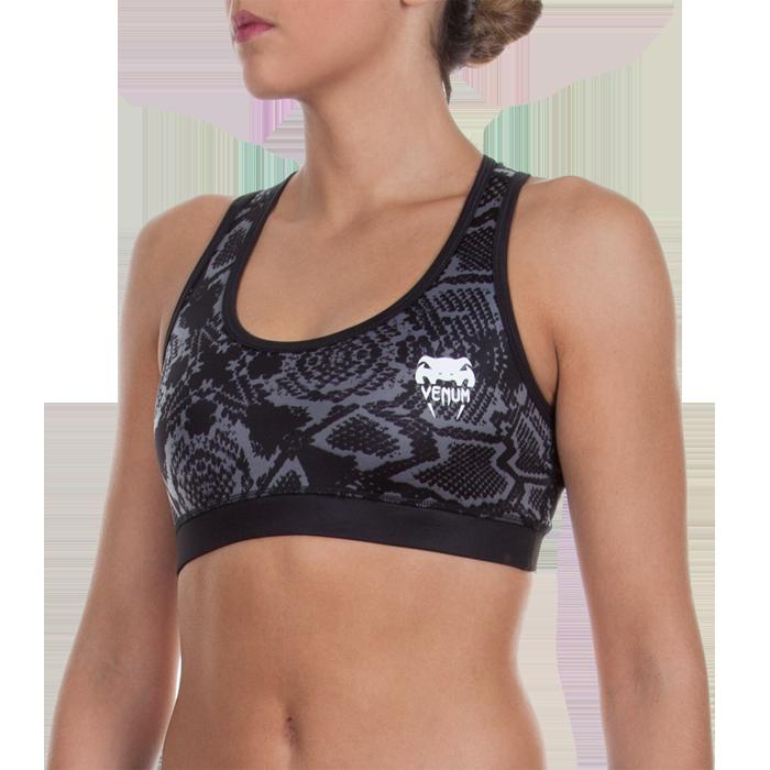 Женский тренировочный топик Venum Fusion VenumМайки<br>Женский тренировочный топик Venum Fusion. Предназначена для молодых прогрессивных девушек, ведущих активный образ жизни и заботящихся о своей физической форме. Топ отлично подойдет для тренировок по ММА, греппленгу и бжж, кроссфиту и работе с железом, бегу и йоге. Ткань топа сделана из смеси спандекса и полиэстера. Максимальная поддержка для максимальной стабильности. Женский тренировочный топик сделан двухслойным для дополнительной защиты и комфорта. Топ сделан из достаточно дышашего материала. Плоские швы не будут натирать кожу. Уход: машинная стирка в холодной воде, деликатный отжим, не отбеливать.<br><br>Размер INT: XS