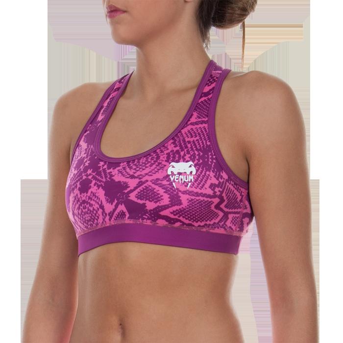 Женский тренировочный топик Venum Fusion VenumМайки<br>Женский тренировочный топик Venum Fusion. Предназначена для молодых прогрессивных девушек, ведущих активный образ жизни и заботящихся о своей физической форме. Топ отлично подойдет для тренировок по ММА, греппленгу и бжж, кроссфиту и работе с железом, бегу и йоге. Ткань топа сделана из смеси спандекса и полиэстера. Максимальная поддержка для максимальной стабильности. Женский тренировочный топик сделан двухслойным для дополнительной защиты и комфорта. Топ сделан из достаточно дышашего материала. Плоские швы не будут натирать кожу. Уход: машинная стирка в холодной воде, деликатный отжим, не отбеливать.<br><br>Размер INT: S