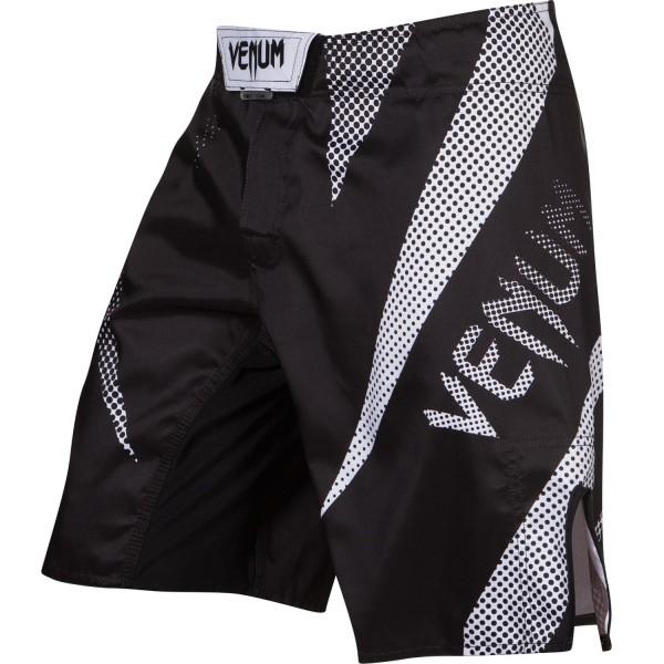 Шорты ММА Venum Jaws - Black VenumШорты ММА<br>Наслаждайтесь стилем и качеством шорт ММАVenum Jaws. Прочные и удобные, безусловно подходят для самых сложных боев и интенсивных тренировок. Особенности:- ультра-легкаямикроволокнистая ткань из полиэстера- сетчатые панели для оптимальной терморегуляции- тройная застежка для надежной фиксации- усиленные швы- быстро сохнут- рисунок встроен в ткань и никогда не повредится<br><br>Размер INT: XS