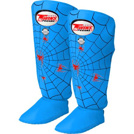 Шингарды Twins Special Twins SpecialЗащита тела<br>Защита на ноги (шингарды) Twins Special. Шингарды для тайского бокса(кик-боксинга). Очень плотная набивка хорошо поглощает силу удара. Внешняя обивка: 100% кожа. Продаются парой.<br><br>Размер: M
