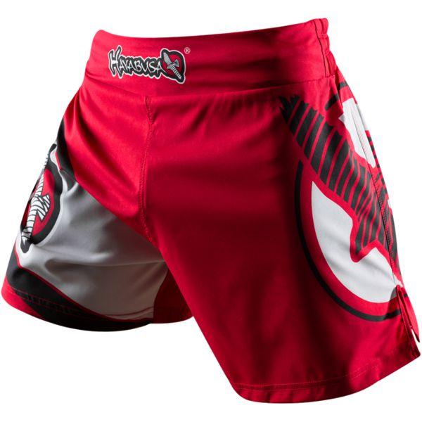 Шорты Hayabusa Kickboxing HayabusaШорты для тайского бокса/кикбоксинга<br>Шорты Hayabusa Kickboxing. Очень лёгкие, но при этом очень прочные шорты. Материал, из которого сделаны шорты Hayabusa Kickboxing, хорошо тянется. Так же присутствуют боковые разрезы на бёдрах. За счет этих факторов шорты становятся очень удобными в работе и не создают ни малейшего намёка на дискомфорт. Так же необходимо отметить, что данные шорты короче своих ММА-аналогов. Шорты Hayabusa Kickboxing достаточно быстро сохнут после стирки. Этот фактор позволит использовать их максимально часто. Все рисунки сублимированны в ткань. Подходят для занятий самыми различными единоборствами, кроссфитом, фитнесом, железным спортом и т. д. . Уход: машинная стирка в холодной воде, деликатный отжим, не отбеливать.<br><br>Размер INT: L