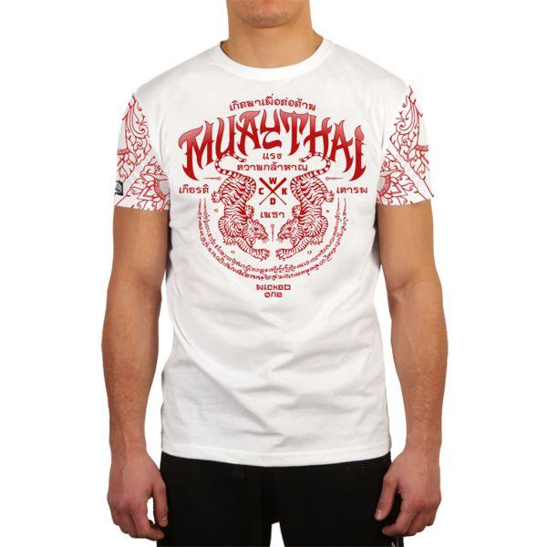 Футболка Wicked One Muay Thai Wicked OneФутболки<br>Футболка Wicked One Muay Thai. - Укороченный рукав. - Хлопок 200 грамм. - Очень качественный принт. Уход: машинная стирка, не отбеливать, деликатный отжим.<br><br>Размер INT: XL